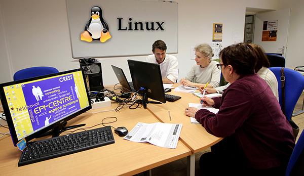 Epi-centre Crest Coworking Télétravail Médiation Numérique Internet Tiers-Lieux Atelier Linux